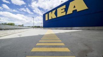 Accessoires à pain chez IKEA : boîte, planche, couteau, corbeille…
